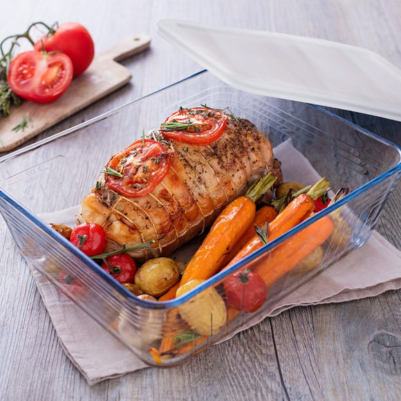 Pyrex Small Rectangular Dish with Lid Clear