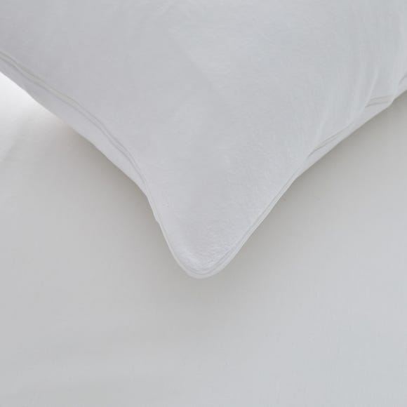 Contoured Memory Foam Pillowcase White