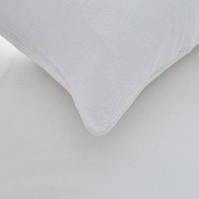 Contoured Memory Foam Pillowcase
