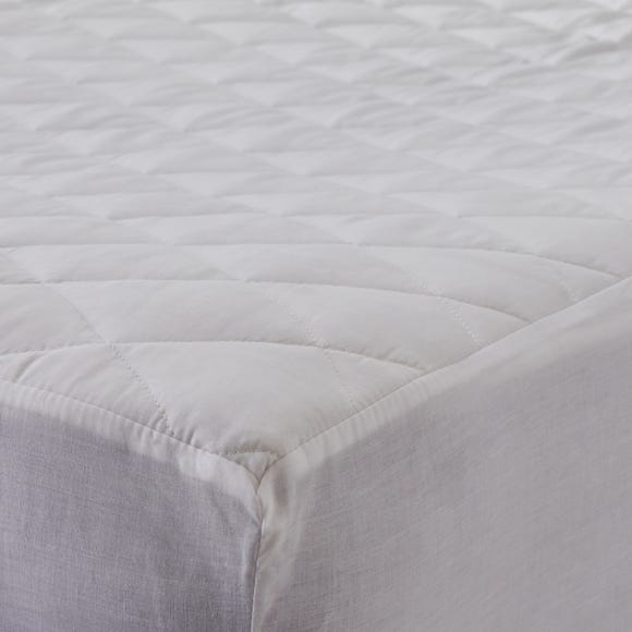 Staydrynights Quilted Mattress Protector  undefined