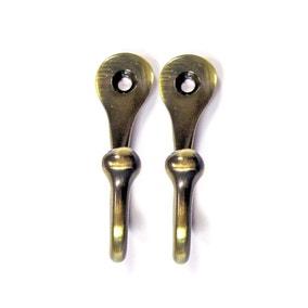 Teardrop Hooks