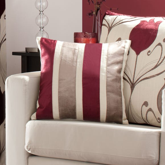 Lalique Wine Striped Cushion Wine (Red)