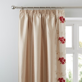 Juliet Red Thermal Pencil Pleat Curtains