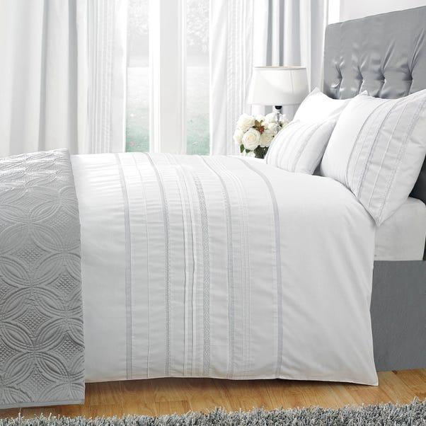 Evangeline Embroidered White Duvet Cover White undefined