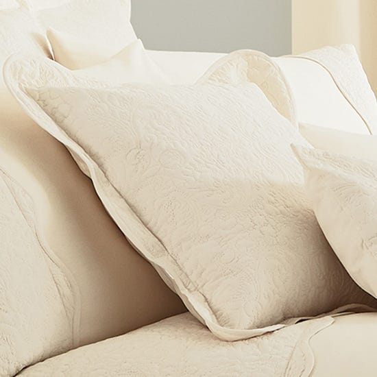 Ebony Cream Square Oxford Cushion Cream