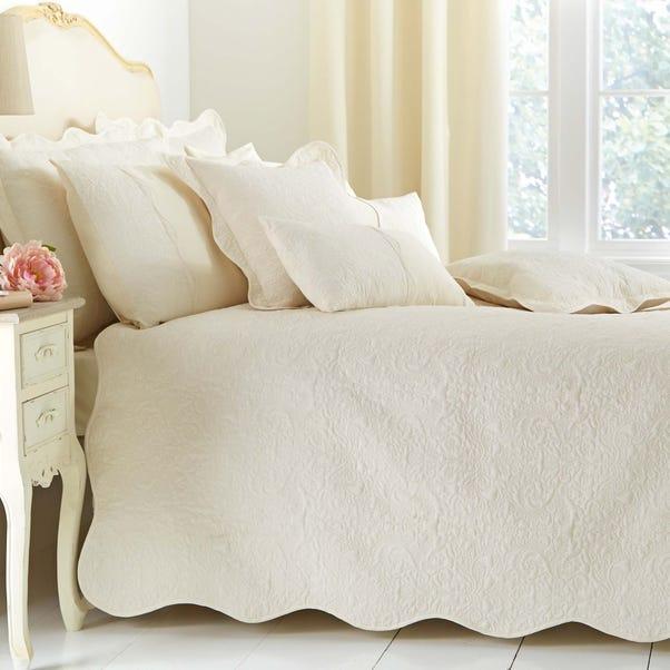 Ebony Cream Bedspread  undefined