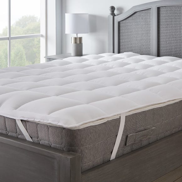 Supersoft Heavy Fill Mattress Topper White undefined