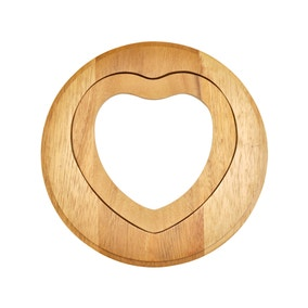 T&G Pair of Wooden Heart Trivets