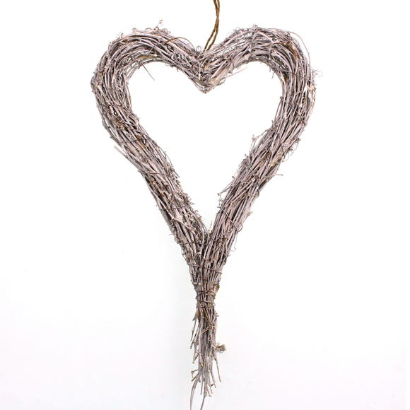 Artificial Long Green Rattan Heart x cm 62cm White