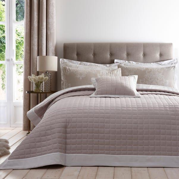 Versailles Natural Bedspread Natural undefined