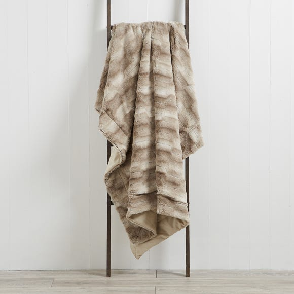 Plush Faux Fur 130cm x 180cm Throw Plush Faux Fur Mink