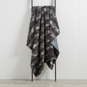 Plush Faux Fur 130cm x 180cm Throw