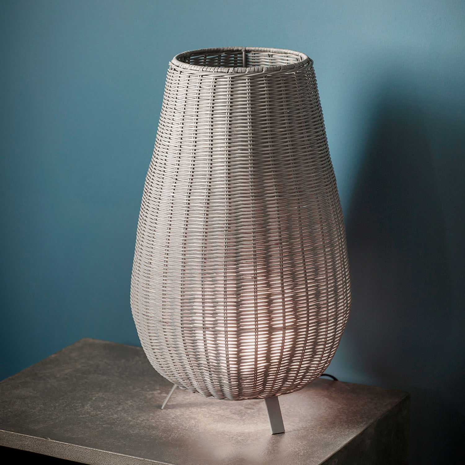 Gallery Direct Gallery Direct Bromley Rattan Table Lamp Grey