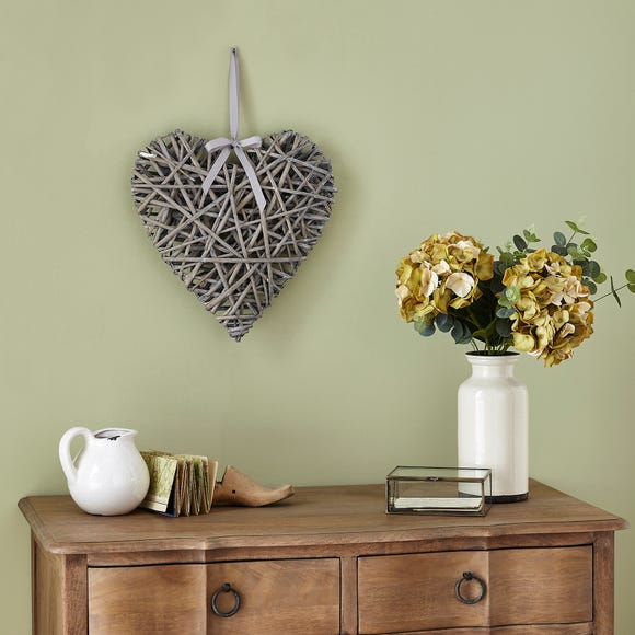 Grey Wicker Heart Grey
