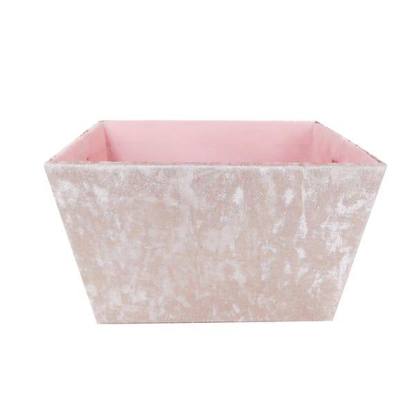 Tapered Velvet Blush Basket Blush