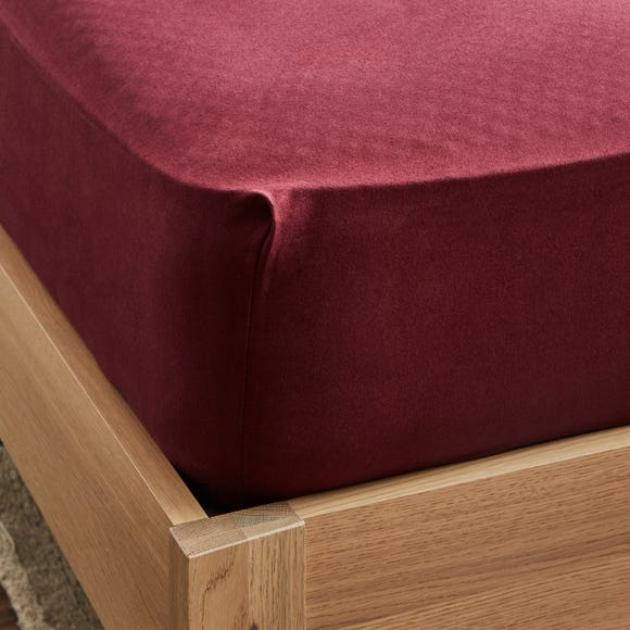 Dorma Supreme Premium 100% Brushed Cotton Plain Red 32cm Fitted Sheet Red undefined