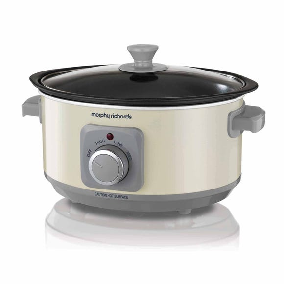 Morphy Richards Sear And Stew Cream Slow Cooker Cream