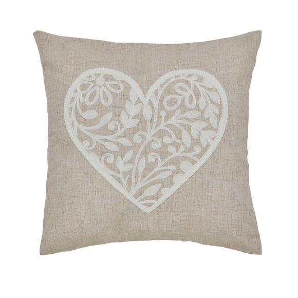 Vintage Heart Natural Cushion Natural