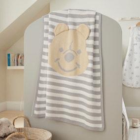 Disney Winnie the Pooh Knitted Blanket