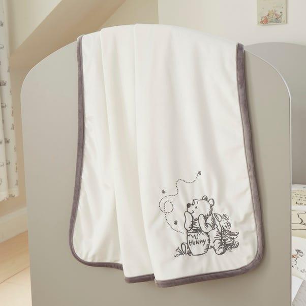 Disney Winnie the Pooh Fleece Blanket Cream