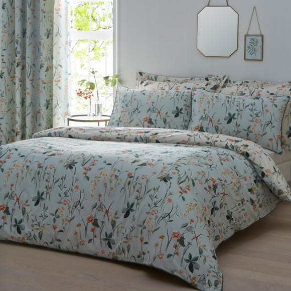 Petunia Green Reversible Duvet Cover and Pillowcase Set Green undefined