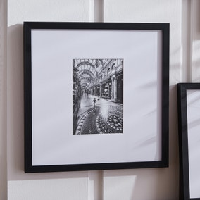 "Black Oversized Mount Frame 7"" x 5"" (18cm x 13cm)"