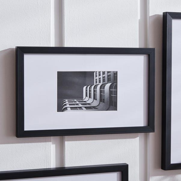 "Black Oversized Mount Frame 6"" x 4"" (15cm x 10cm) Black"