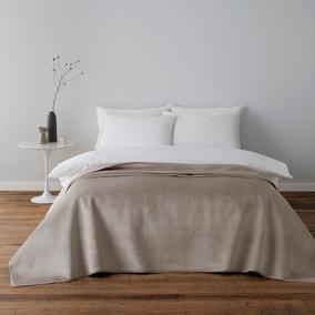 Pinsonic Natural Bedspread