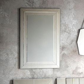 Peron Mirror