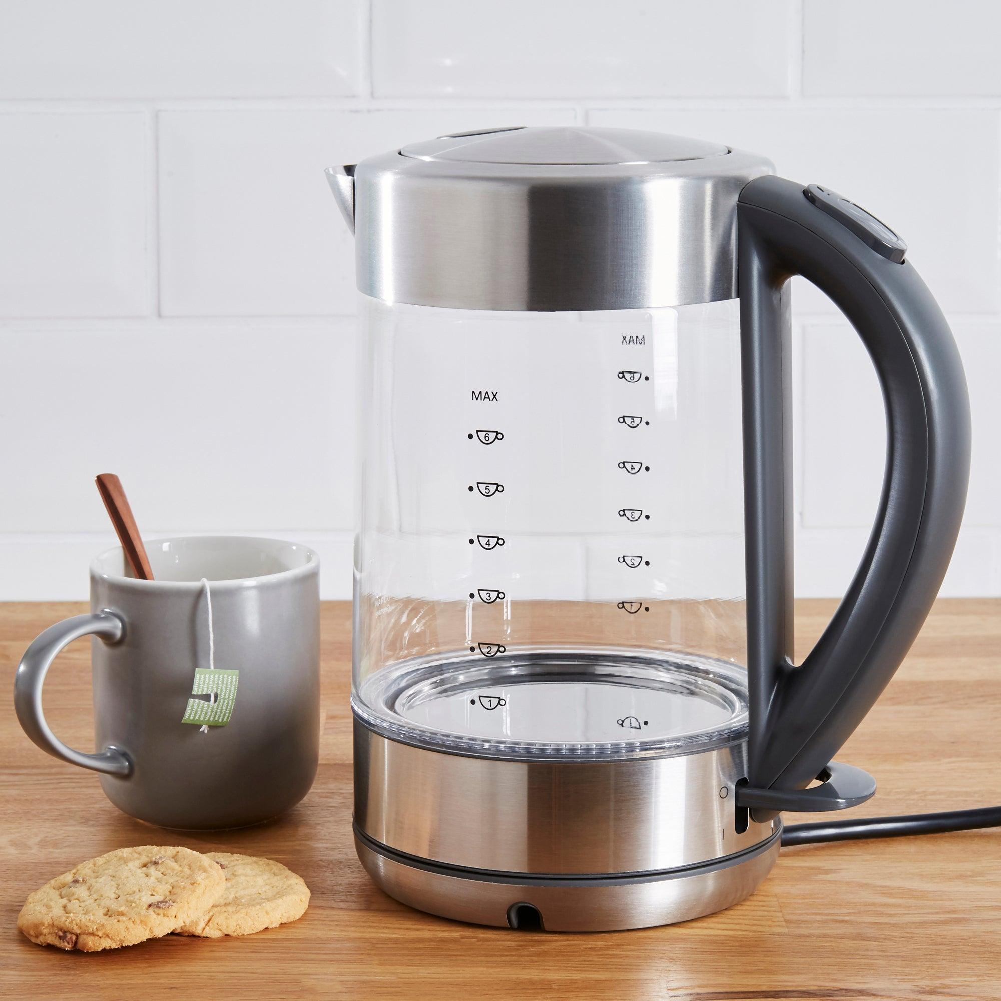 Dunelm 17l Glass Brushed Kettle Silver
