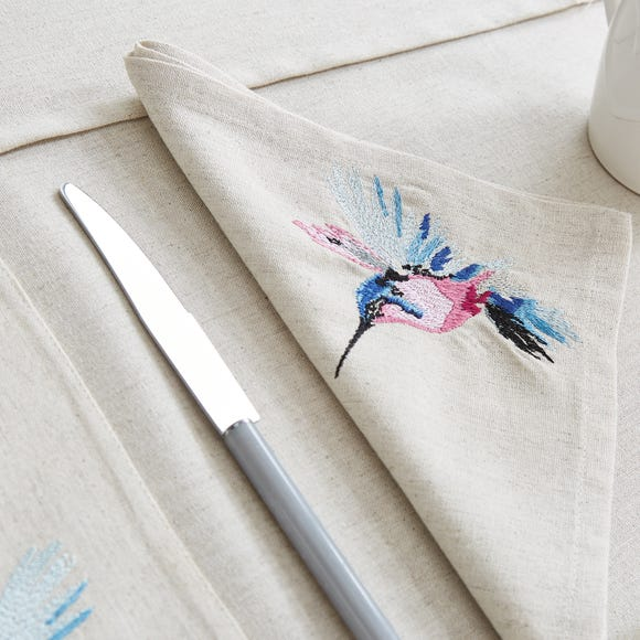 Set of 4 Heavenly Hummingbird Napkins Natural