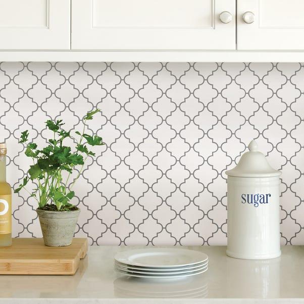 InHome Quatrefoil Self Adhesive Backsplash Tiles White