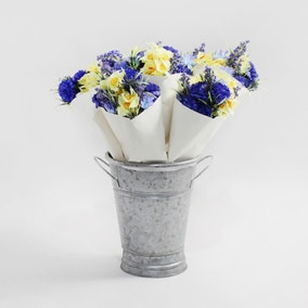 12pk Artificial Paper Wrapped Spring Bouquet 24cm