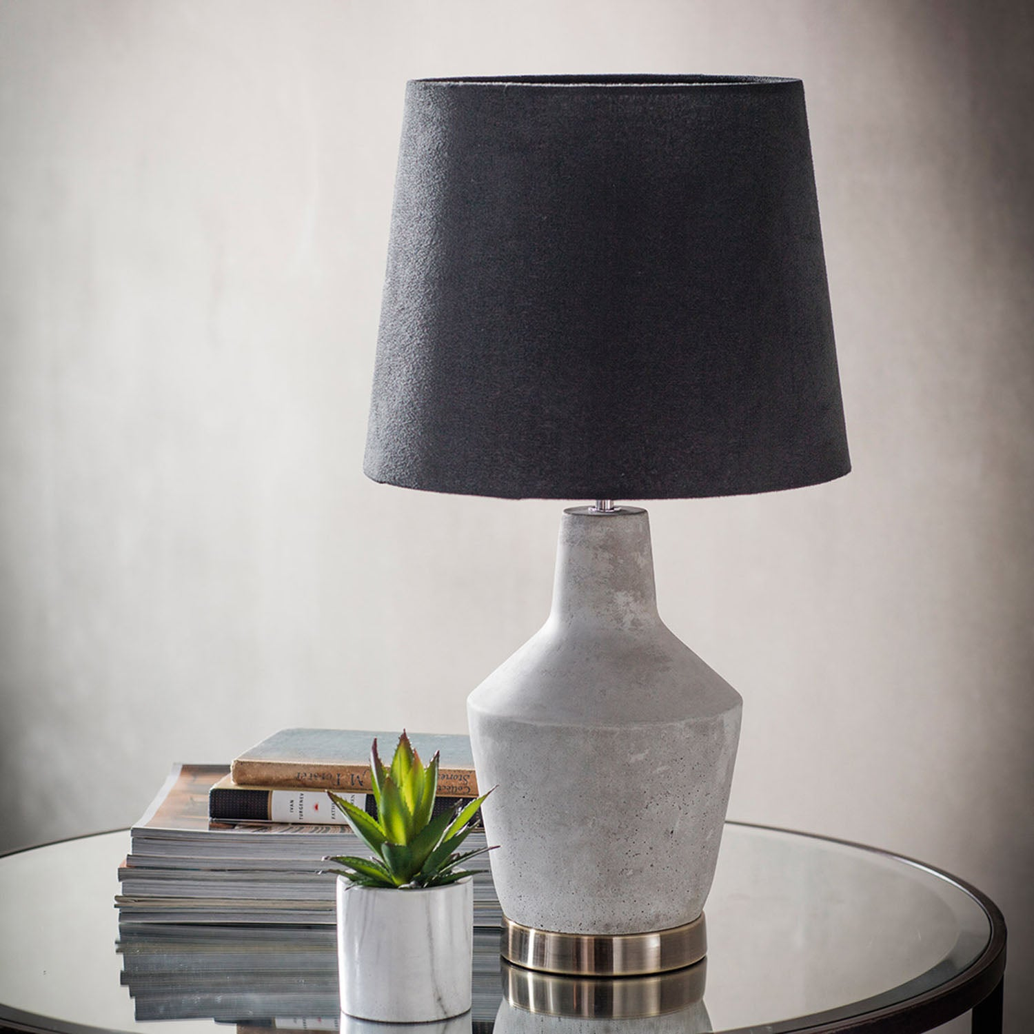 Gallery Direct Gallery Direct Betong Concrete Table Lamp Gold