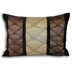Oyster Cushion