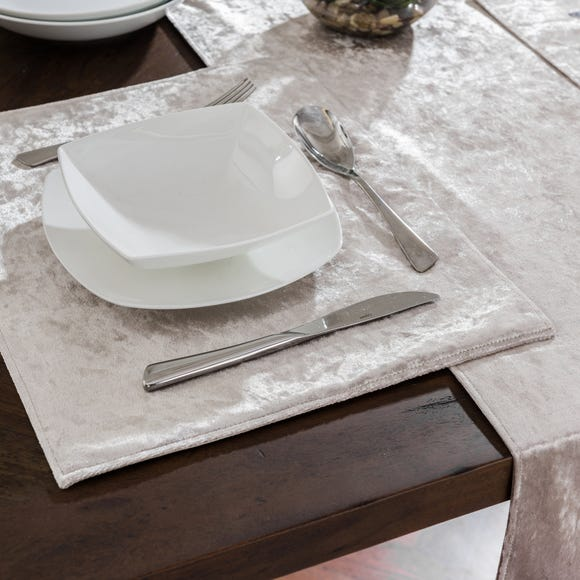 Crushed Velour Gold Placemat Gold