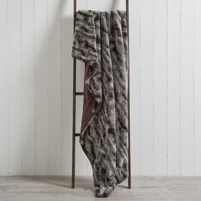 Marble Plush Faux Fur 130cm x 180cm Throw