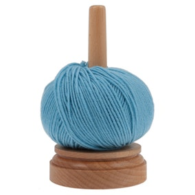Wooden Spinning Yarn and Thread Holder