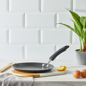 Dunelm 24cm Aluminium Pancake Pan