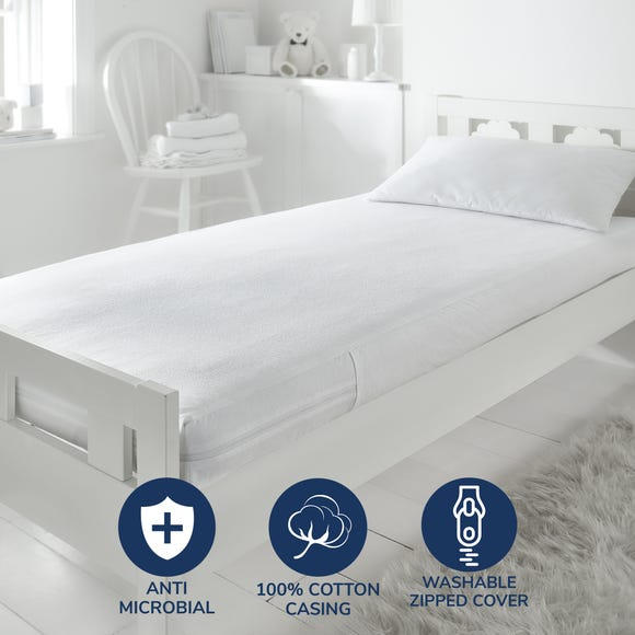 Fogarty Little Sleepers Ultimate Mattress Protector White