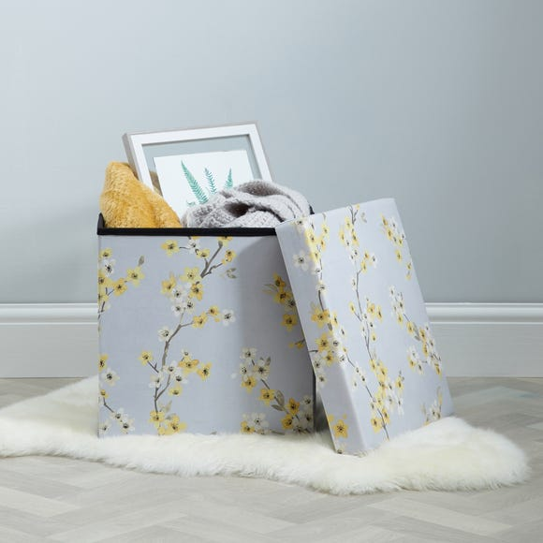 Alisha Floral Foldable Cube Ottoman