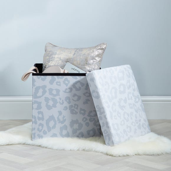 Snow Leopard Animal Print Foldable Cube Ottoman