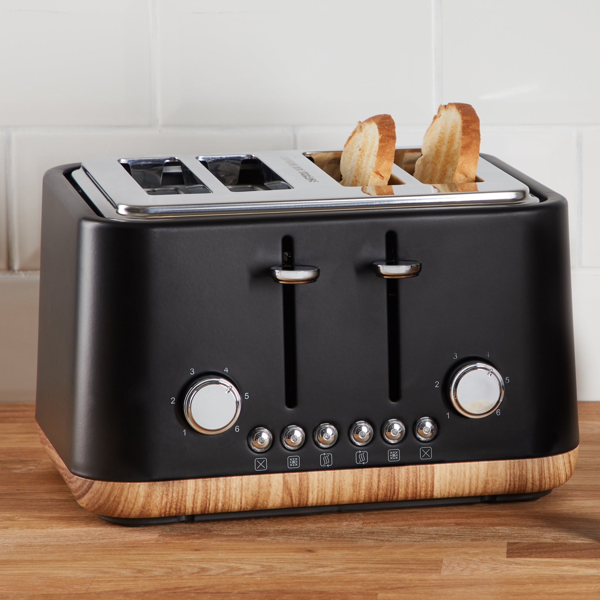 Contemporary 4 Slice Matt Black Toaster Black And Brown