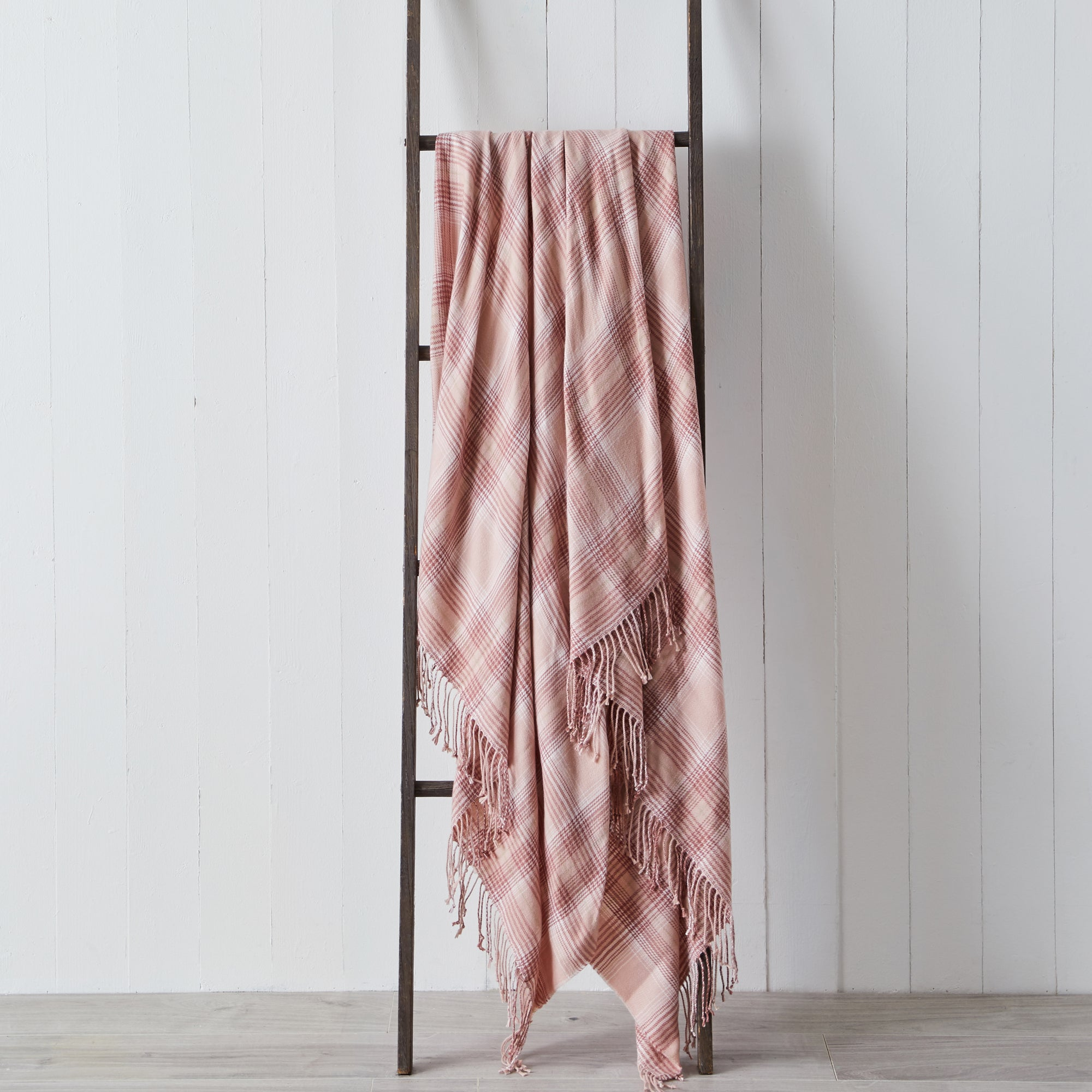 Photo of Harlow check pink 130cm x 180cm throw pink