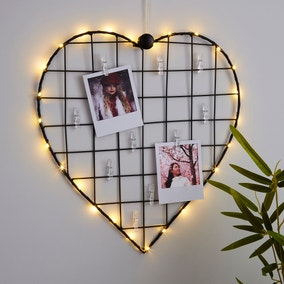 Black Heart With Photo Pegs Light