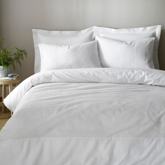 Niamh White 100% Cotton Duvet Cover and Pillowcase Set White undefined