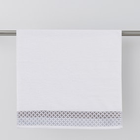 Circles Jacquard White Towel