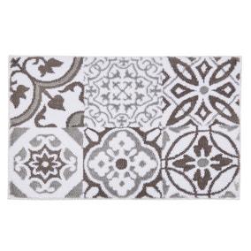 Geo Tile Grey Bath Mat