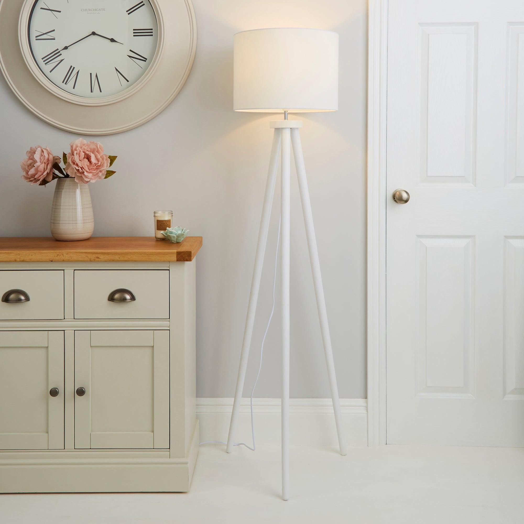 Jandia Wooden Tripod White Floor Lamp White