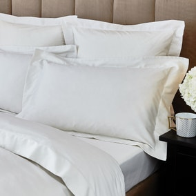 Hotel Egyptian Cotton 230 Thread Count Sateen Cream Oxford Pillowcase